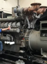 Genset Bekas Perkins Genset Bekas Perkins, 4016-46TAG2A, 1500 Kva, Open Type. 3 genset_bekas_perkins_1500_kva_type_engine_4012_46tag2a_tahun_2013_picture_3