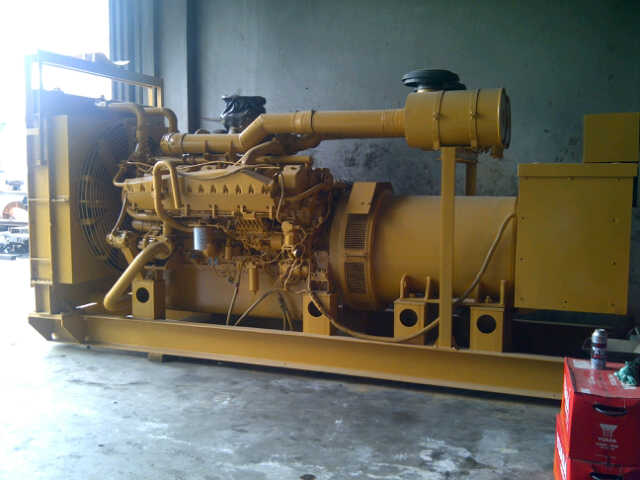 Genset Bekas Mitsubishi Genset Bekas Mitsubishi S12A PTAA - 800 Kva genset mitsubishi s 12 a ptaa 800 kva generator leroy somer picture 1